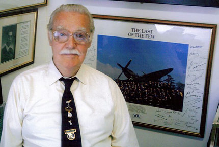 Frank Nutkins, 1924-2007